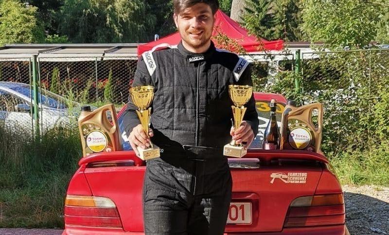 Botoșănean, fost campion național de Taekwondo WT, a debutat în Motorsport cu două podiumuri
