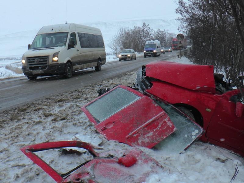 Botoşănean implicat într-un accident rutier grav, la ieșirea din Pașcani spre Ruginoasa- FOTO