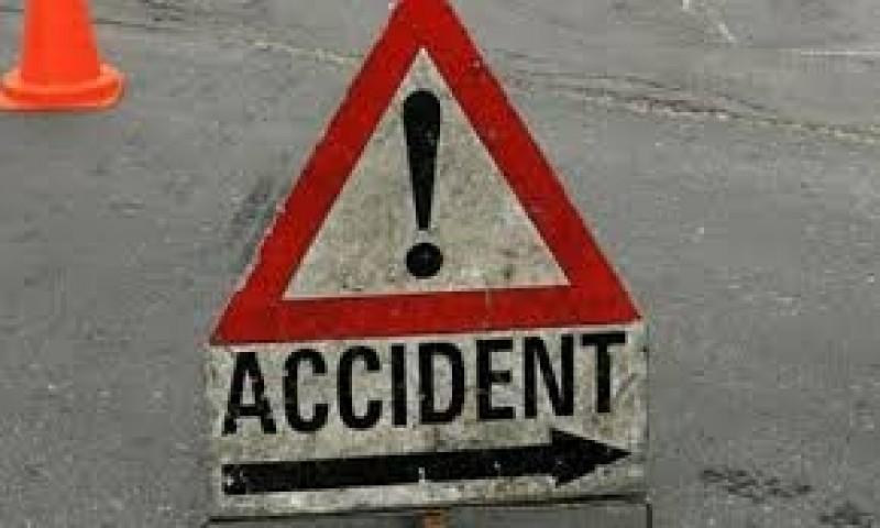 Botoșănean implicat într-un accident rutier: O tânără a fost rănită, trei mașini avariate!