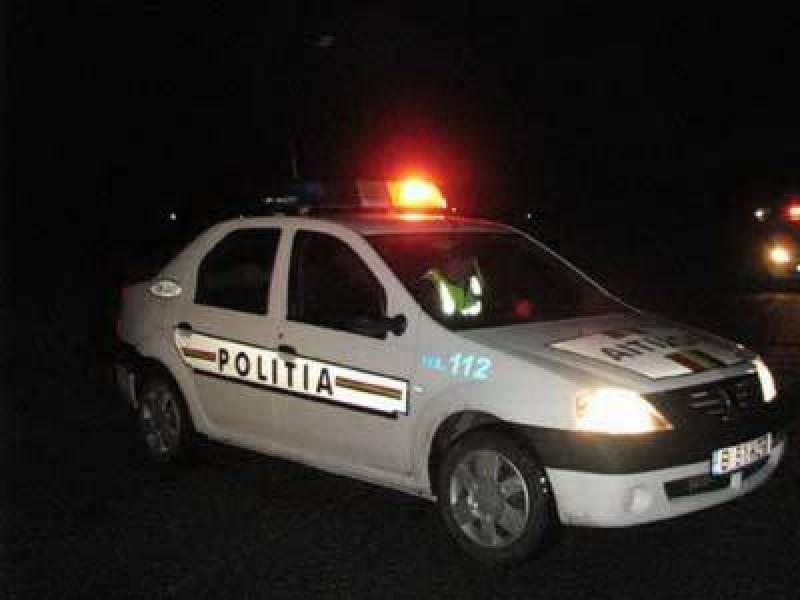 Botoșănean implicat într-un accident soldat cu patru răniți și două mașini avariate!