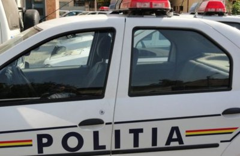 Botoșănean implicat într-un accident soldat cu rănirea unei persoane și avarierea a trei autoturisme!