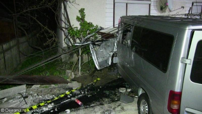 Botoșănean implicat într-un grav accident, soldat cu rănirea a trei persoane, printre care și un copil!