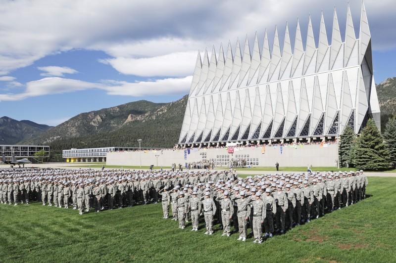 Botoşănean în Academia Forţelor Aeriene a Statelor Unite! FOTO