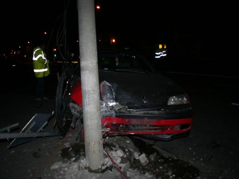 Botoşănean rănit într-un accident rutier produs în Suceava