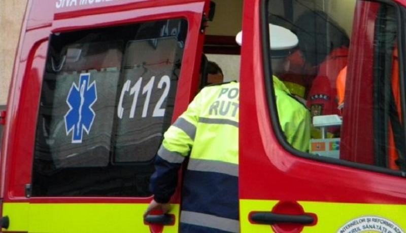 Botoșănean transferat în stare gravă la Iași după ce a fost acroșat de o mașină!