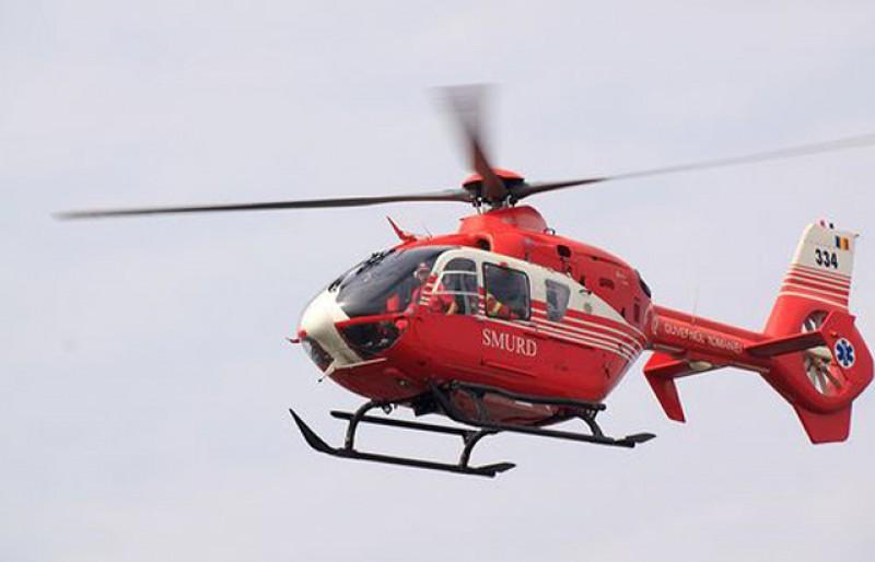 Botoșănean trimis spre o clinică de specialitate cu un elicopter SMURD