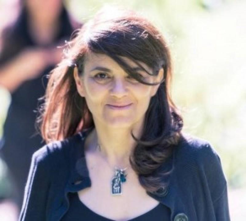 Botoşăneancă distinsă cu Premiul pentru Poezie 2015!