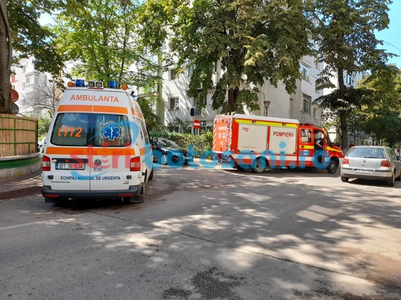 Botoșăneancă găsită decedată de câteva zile în apartament (foto)