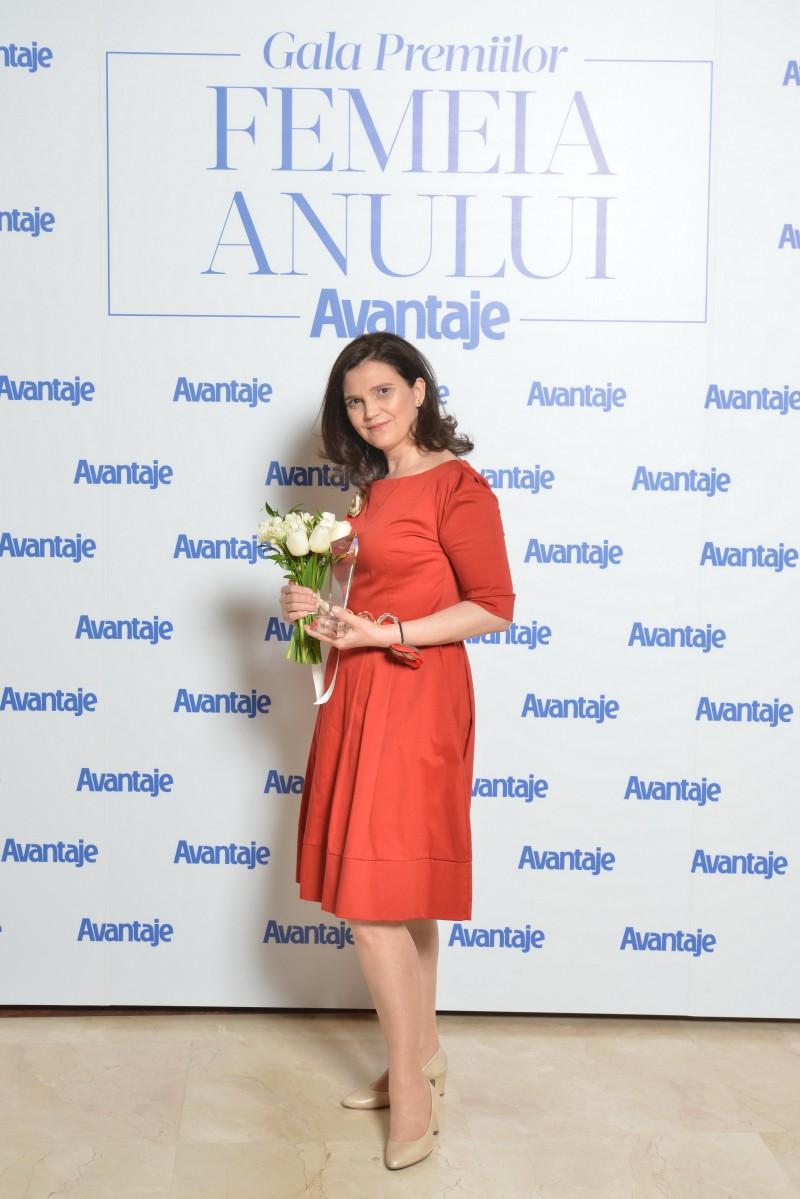 Botoșăneanca Nadia Tătaru, desemnată Femeia Anului la categoria Antreprenoriat!