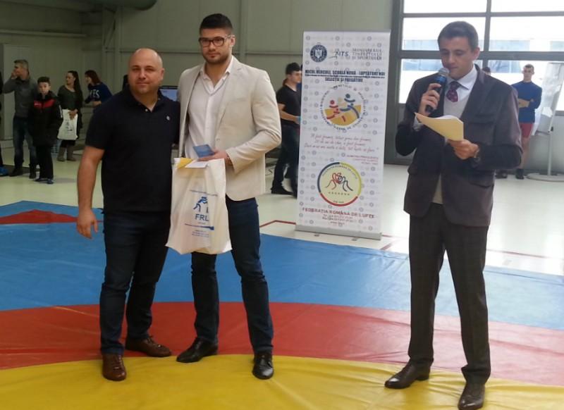 """Botosaneanul Alin Alexuc, declarat luptătorul anului 2014: """"Va urma un an foarte dificil"""""""