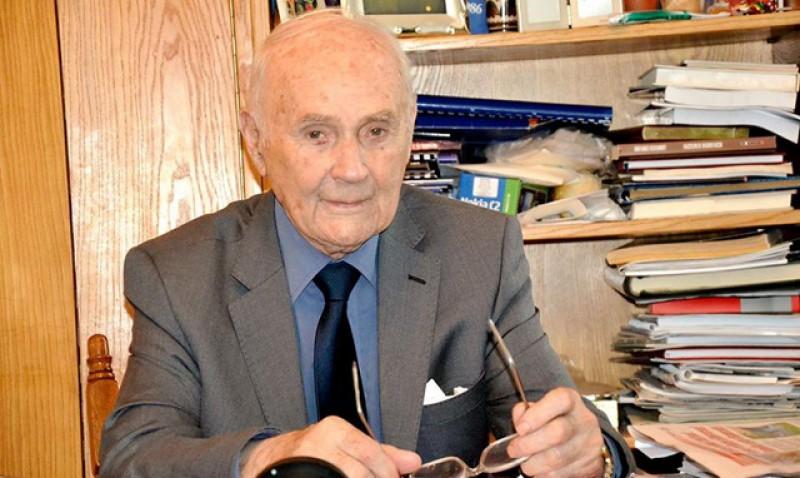 Botoșăneanul care a înființat rețeaua de cabinete stomatologice din toate şcolile din Moldova s-a stins din viață
