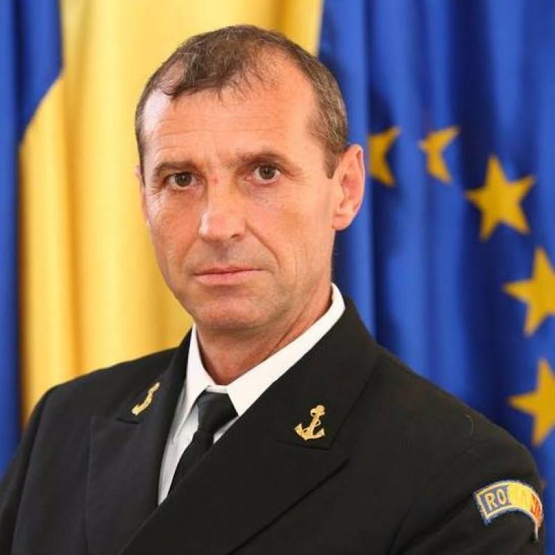 """Botoșăneanul care conduce """"pieile roșii"""" din Forțele Navale Române. LA MULȚI ANI, Tiberiu Istrate!"""