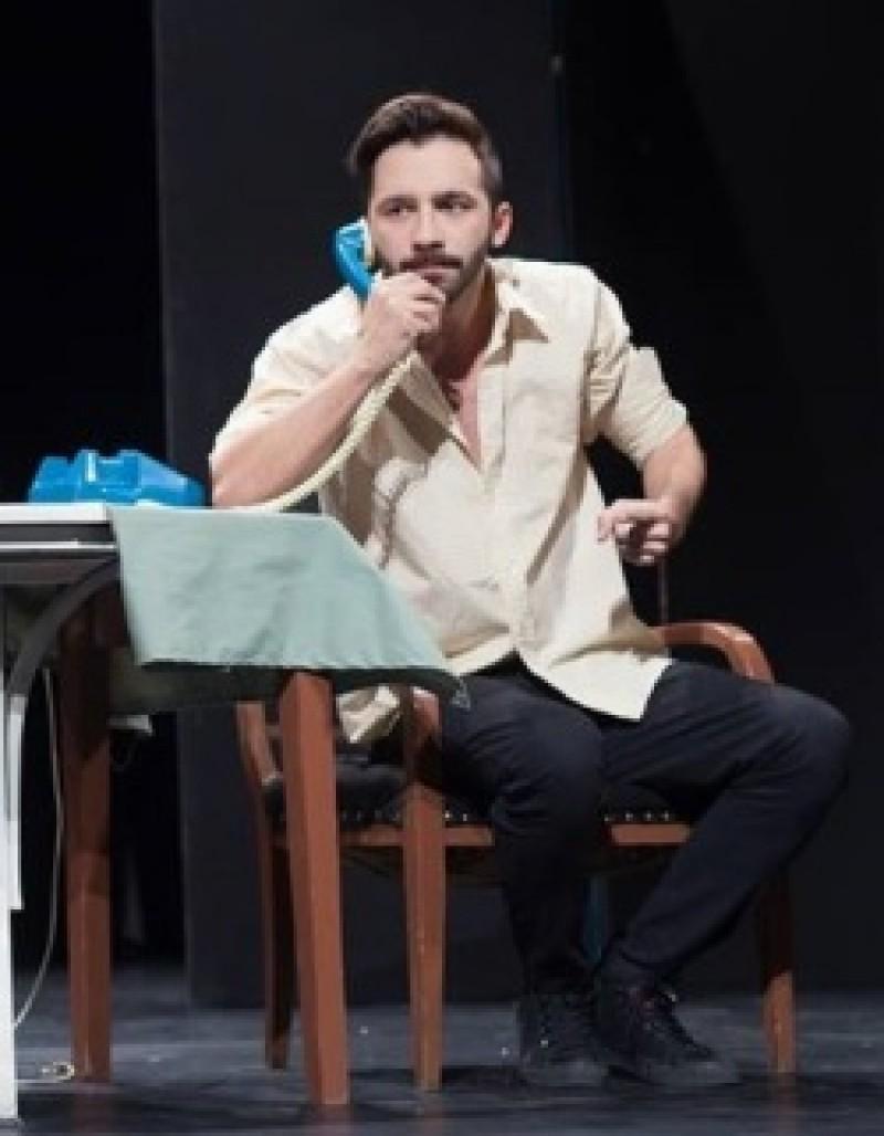 Botoşăneanul Tavi Costin – într-un spectacol despre culisele teatrului! VIDEO