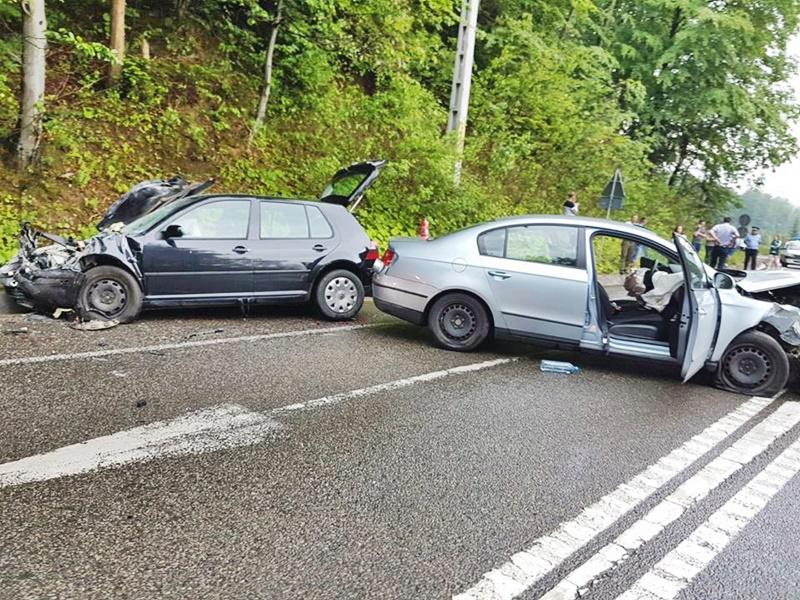 Botoșăneni implicați într-un grav accident cu șase victime! FOTO
