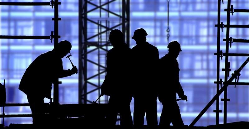 Botoşăneni învăţaţi să se ferească de riscurile muncii la negru în ţară şi în afara ei