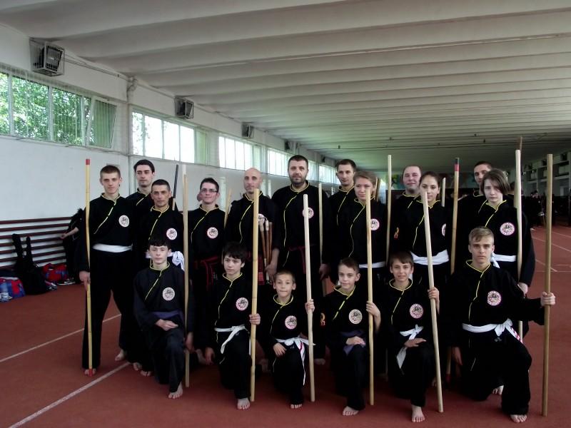 Botosaneni participanti la stagiul national de pregatire in arme traditionale si gimnastica energetica a stilului de arte martiale Qwan Ki Do