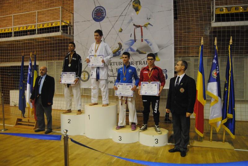 Botosaneni premiati la Campionatul National de Karate! Lista castigatorilor! FOTO