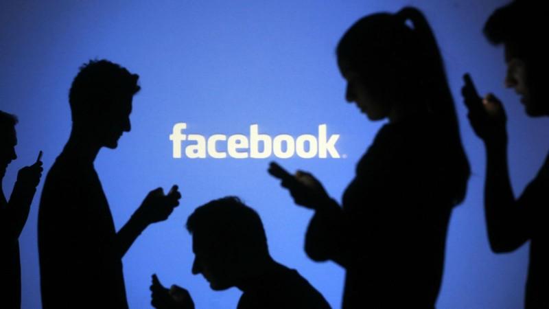 Botoşăneni prezenţi pe Facebook! Municipiul Botoşani are peste 74 de mii de conturi active!