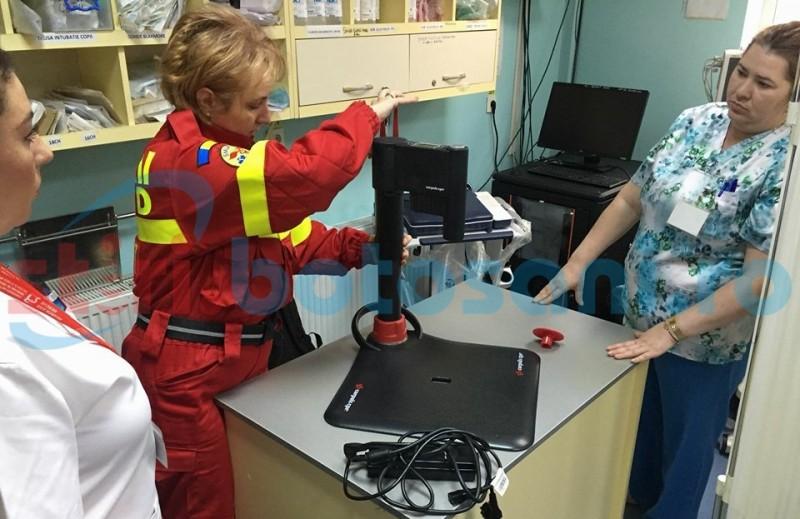 Botoşăneni salvaţi cu noul aparat de masaj cardiac, primit de cadrele medicale din Urgenţe