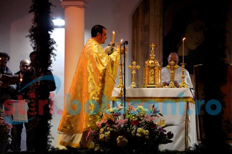 Botoșănenii, așteptați la slujbe în bisericile ortodoxe, în noaptea de Anul Nou!