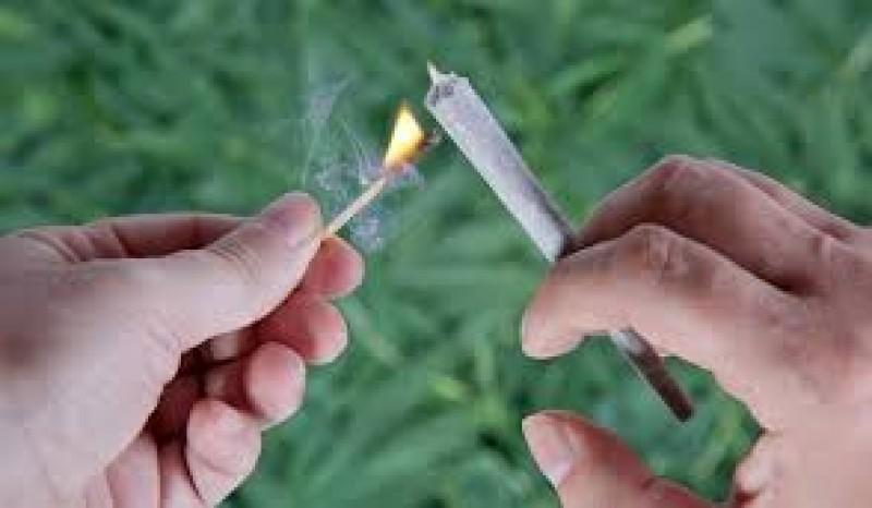 Botoșănenii cad în plasa drogurilor, fenomenul devine unul tot mai greu de controlat!