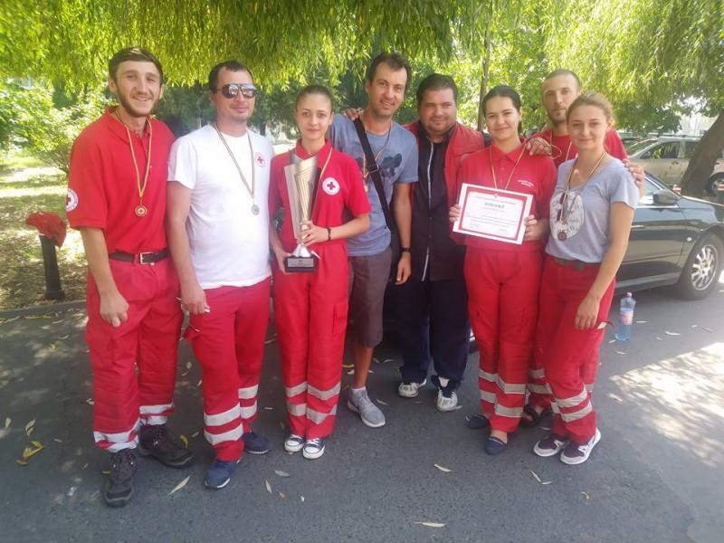 Botoşănenii care ne fac mândri! Voluntarii de la Crucea Roşie, cei mai buni din ţară!
