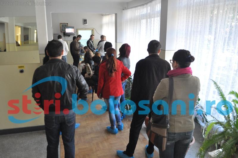 Botosanenii s-au mobilizat excelent! Zeci de persoane au donat sange pentru Monica Neamtu - FOTO