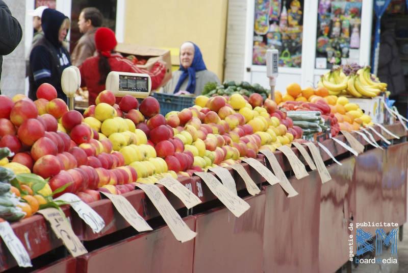 BOTOȘANI: Amenzi de peste 60.000 lei la comercianții de legume și fructe, într-o singură zi!