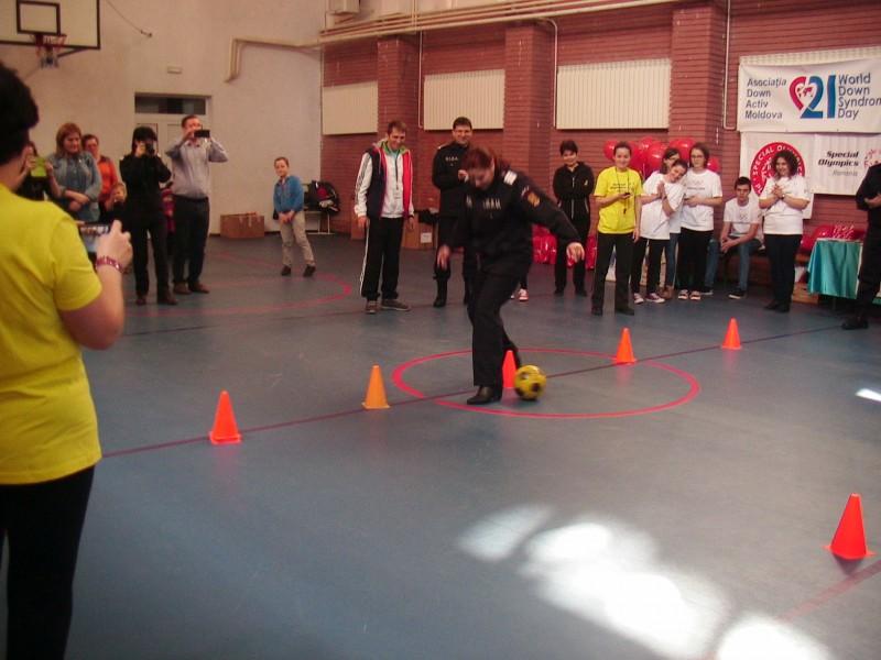 """BOTOȘANI: Concursul """"Dezvoltare prin sport - Ștafeta Prieteniei"""", de Ziua Mondială a Sindromului Down!"""