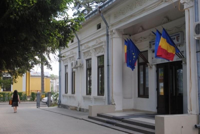 Botoșani, cu 56,64 % rata de promovare la titularizare. Patru profesori de 10, unul eliminat pentru fraudă