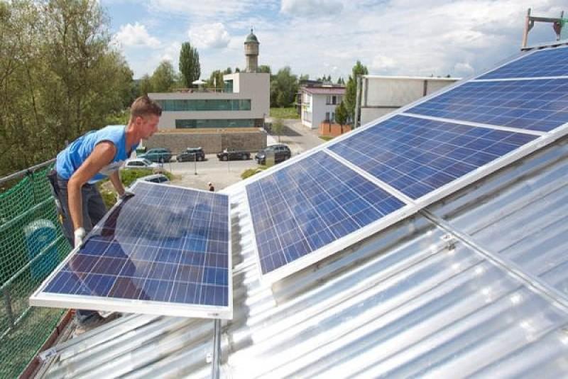 Botoşani: Finanţări pentru instalarea de panouri fotovoltaice