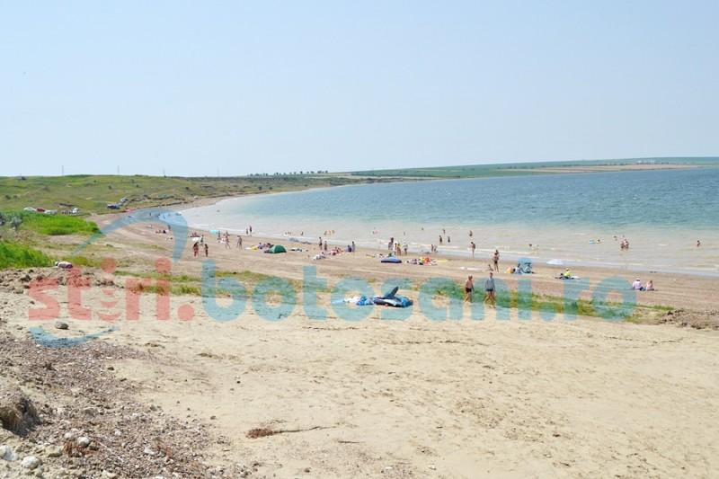 Botoşani: Plaja de la Stânca, ţinta unor controale pentru respectarea legalităţii în funcţionare! FOTO