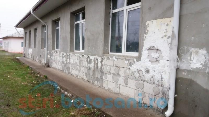 """Botoşani: Şcoli neautorizate în privinţa securităţii la incendii! """"În prima jumătate a anului, au fost emise 18 autorizații de securitate la incendiu și una de protecție civilă!"""""""