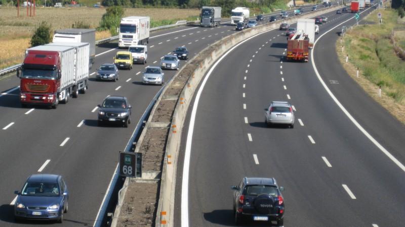 Botoşanii ar putea scăpa de sărăcie printr-un mega-proiect de infrastructură! Ce ar însemna o autostradă la doar câţiva kilometri de judeţ?