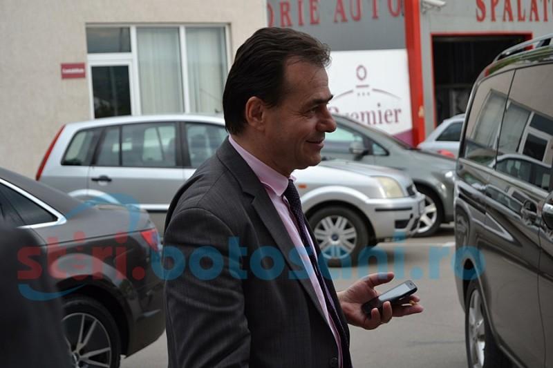 Botoşanii devin interesanţi pentru candidaţii la şefia PNL. Ludovic Orban- în campanie internă FOTO