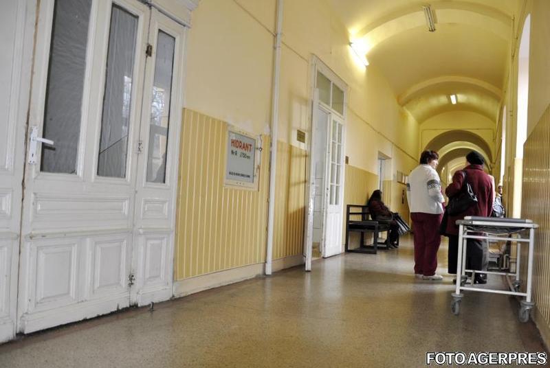 Brancardierii din spitale vor beneficia de sporurile aferente secției în care lucrează