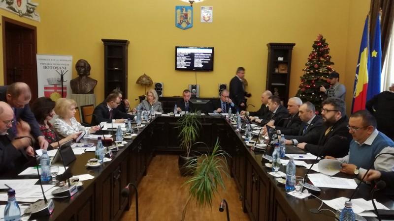 Discuții aprinse în Consiliul Local pe marginea taxelor și impozitelor locale. Social-democrații au amendat majorarea propusă de primarul Cătălin Flutur!