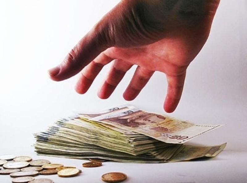 Bugetarii nu se pot bucura de deciziile instantelor cu privire la reducerea cu 25% a salariilor!