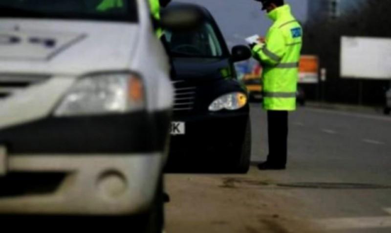 Ca la Vorona: la volan cu permisul suspendat și în stare de ebrietate