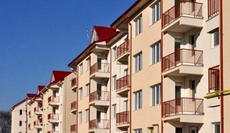 Cadou pentru dorohoieni: ANL a recepționat 60 de locuinţe pentru tineri la Dorohoi