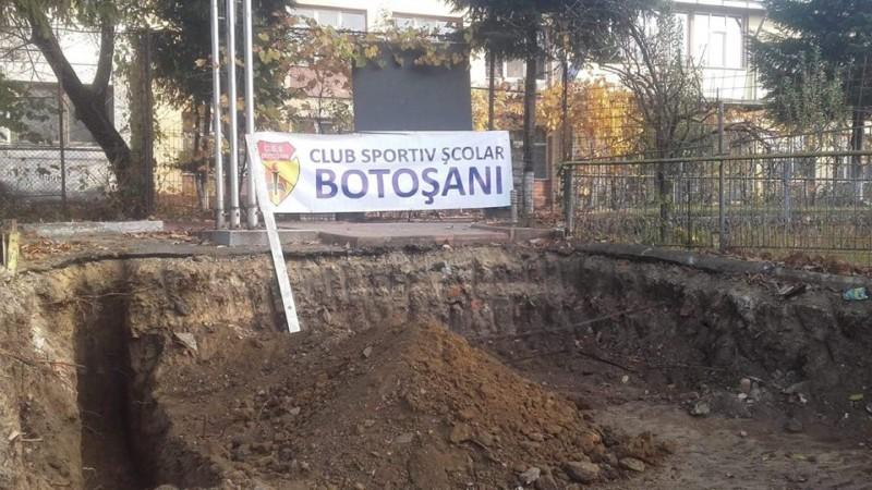 Calea de acces care inflamează spiritele: Acuzațiile angajaților, demontate de directorul Clubului Sportiv Școlar!