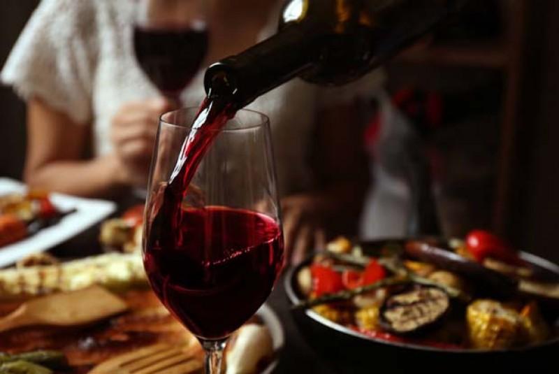 Camera de Comerţ, Industrie şi Agricultură Botoşani vă invită la degustare de vinuri! Gratuit!