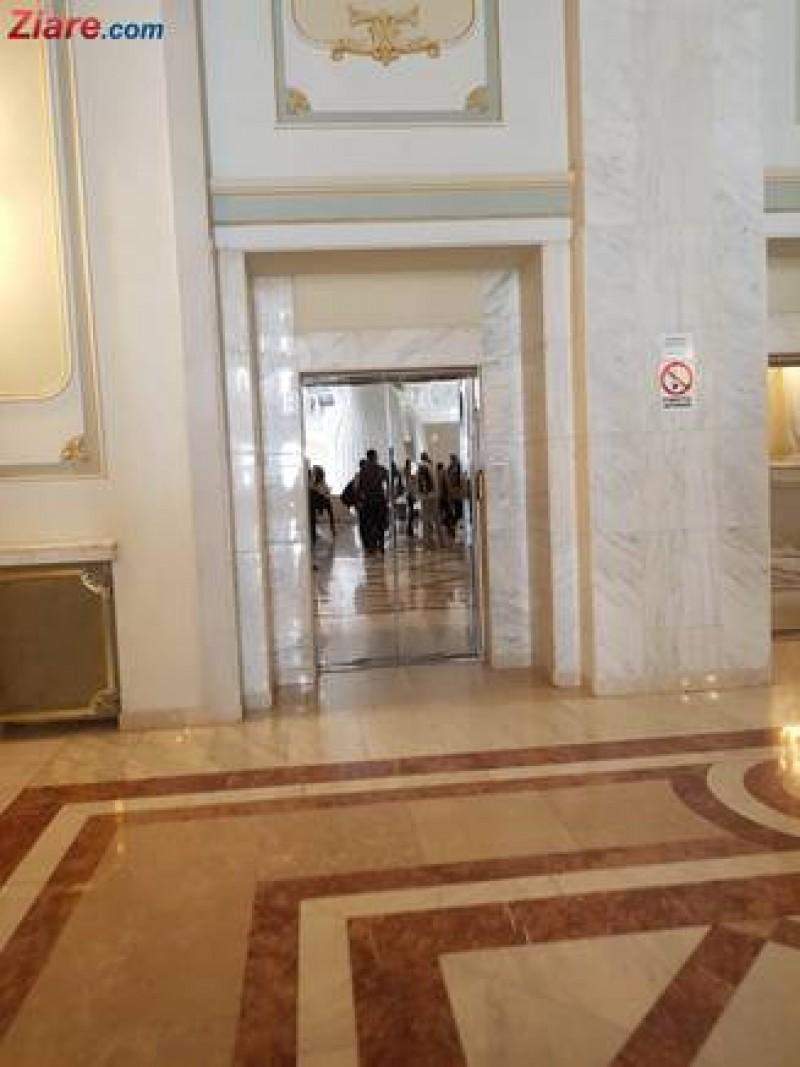 Camera Deputaților și-a publicat lista de salarii: Nu citiți dacă nu aveți inima tare!