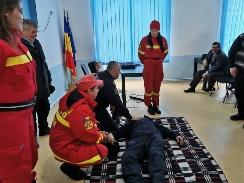 Campania de responsabilizare a adulților derulată de pompierii de la Botoșani a scăzut numărul de victime ale accidentelor casnice!