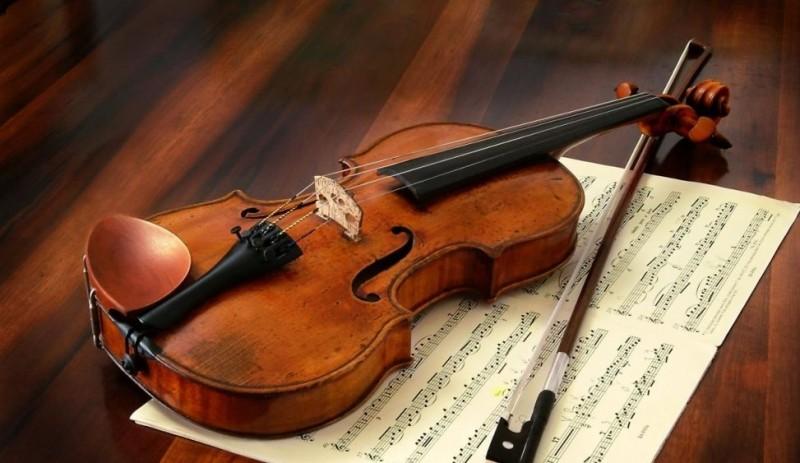Când totul pare că se prăbuşeşte, dă-ţi o şansă şi continuă. Trezeşte-l pe Paganini din tine! VIDEO