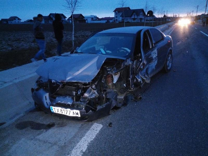 CARAMBOL pe drumul Botosani - Suceava! Sase masini distruse din vina unui vitezoman! FOTO