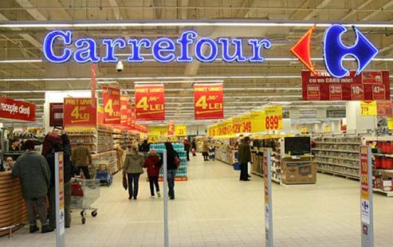 Carrefour a anunțat că plafonează prețurile pentru 500 de produse, până la Paști