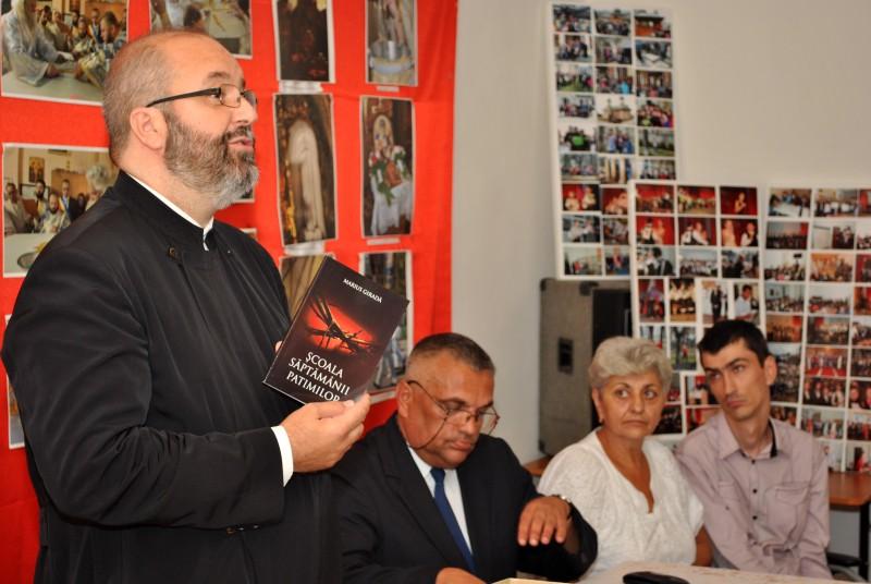 """Cartea lui Marius Giradă, """"Şcoala Săptămânii Patimilor"""", asemenea unei scrisori către Dumnezeu"""