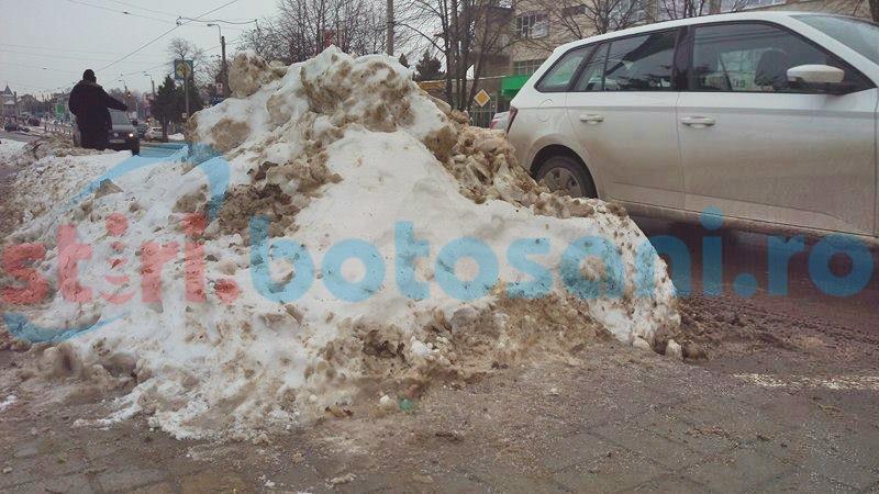 Cartiere și parcări blocate de zăpadă, în municipiul Botoșani! De ce nu intervine Urban Serv și în cartiere! FOTO