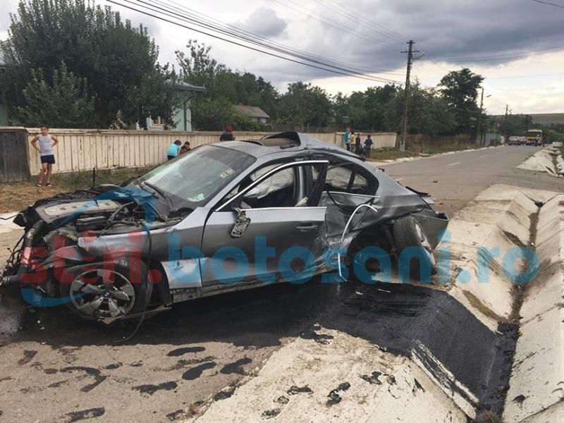 Cascadorie cu un BMW pe un drum din judeţul Botoşani! O fetiţă a fost rănită grav! FOTO